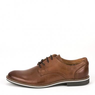 Καφέ δερμάτινα δετά παπούτσια
